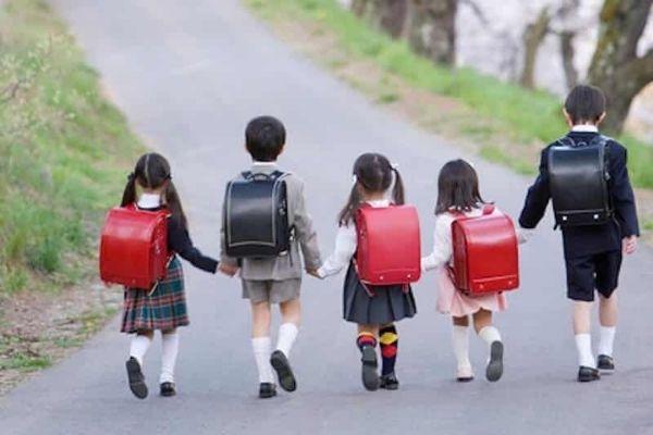 balo chống gù cho học sinh